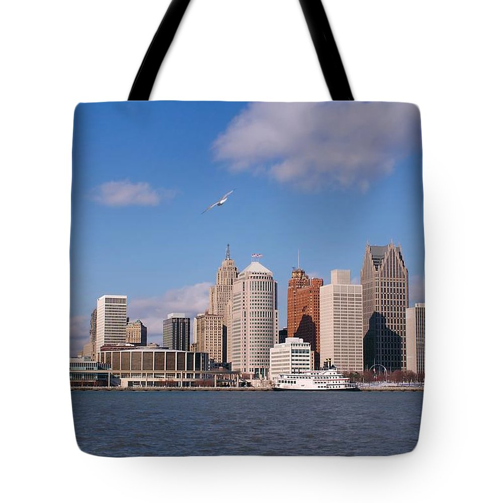 Downtown District Tote Bag featuring the photograph Cold Detroit by Corfoto