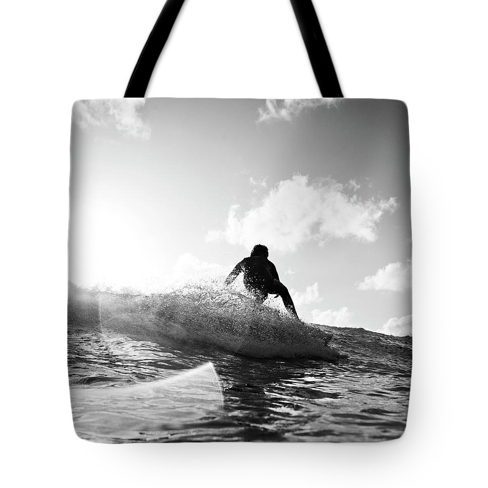 Three Quarter Length Tote Bag featuring the photograph Crouching by Mark Leary