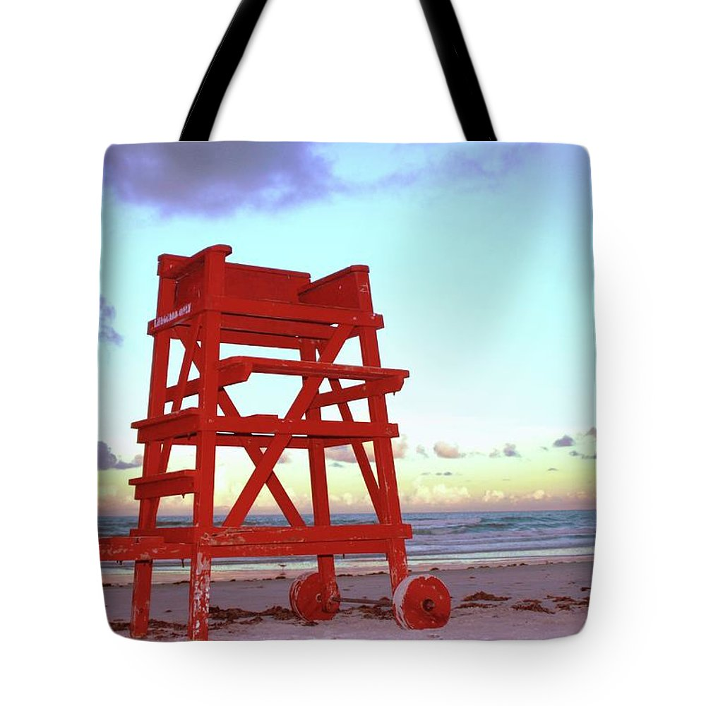 Empty Tote Bag featuring the photograph Daytona Beach Lifeguard Stand At by Thomas Damgaard Sabo, Damgaard Photography