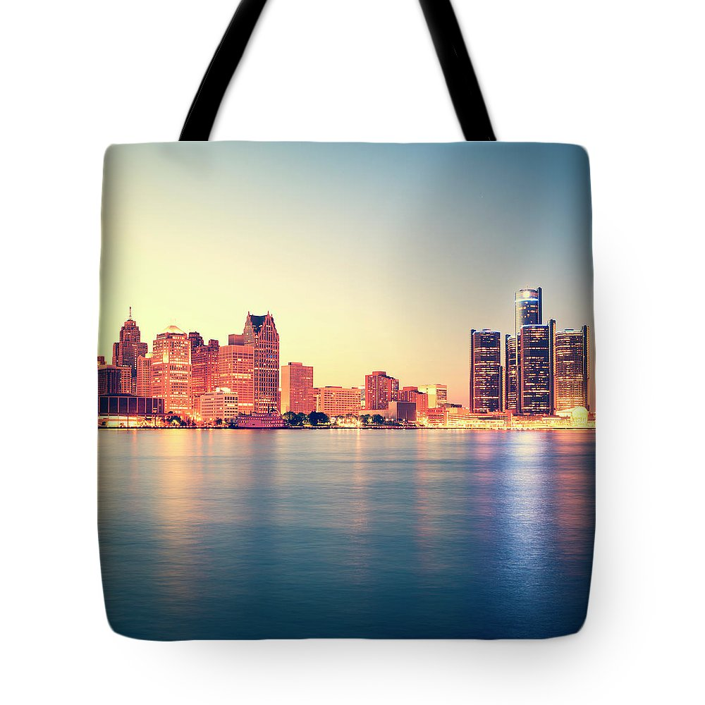 Downtown District Tote Bag featuring the photograph Detroit At Sunset by Espiegle