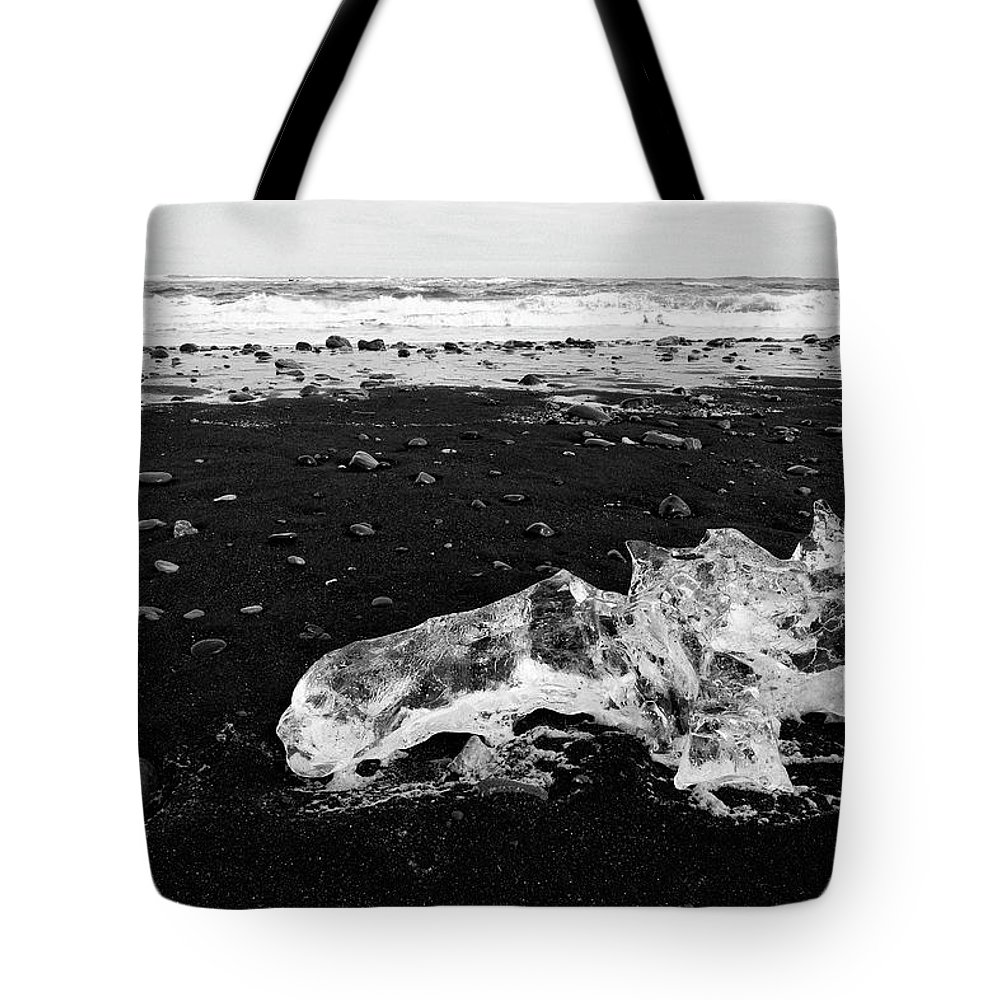 Tote Bag featuring the photograph Diamond Beach Ice Black And White 6301907 by Rick Veldman
