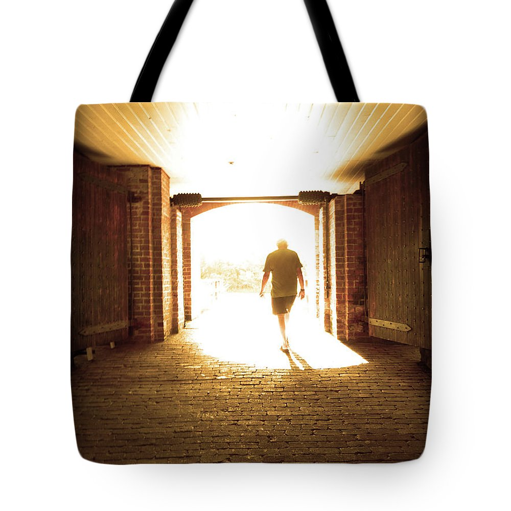 Light Tote Bag featuring the photograph Don't Go by Colleen Braun