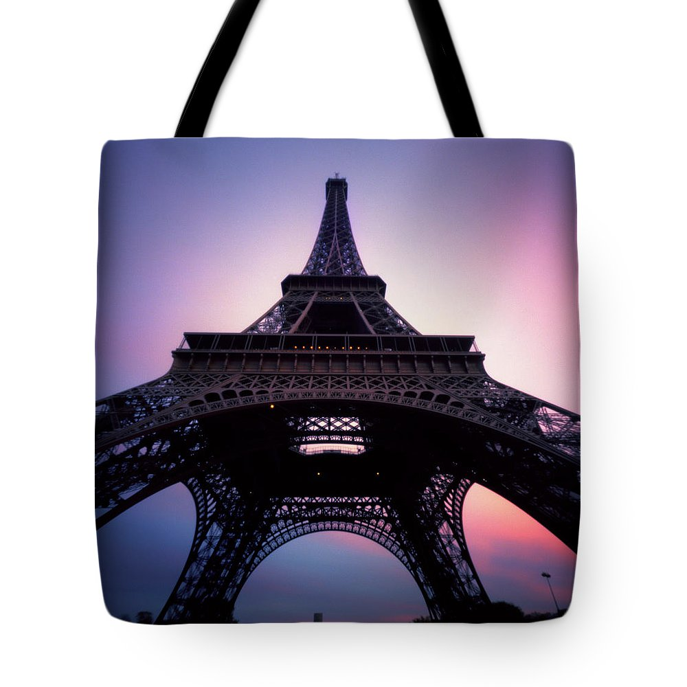 Arch Tote Bag featuring the photograph Eiffel Tower At Sunset by Zeb Andrews