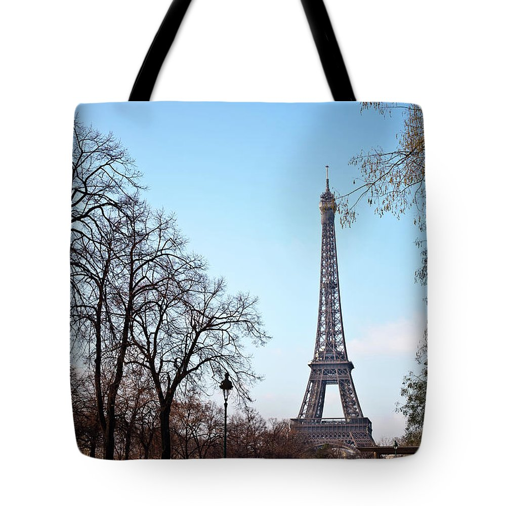Built Structure Tote Bag featuring the photograph Eiffel Tower In Paris by Tuan Tran