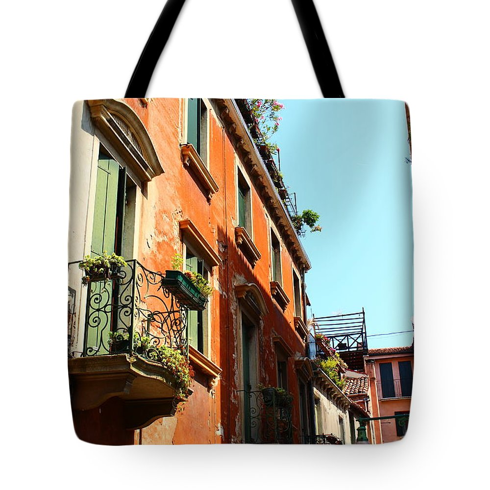 Venice Tote Bag featuring the photograph Faded Glory 4 by Loretta S