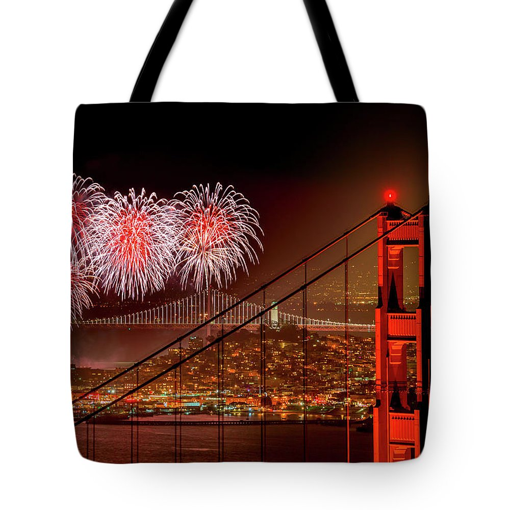 San Francisco Tote Bag featuring the photograph Firework At San Francisco, California by Spondylolithesis