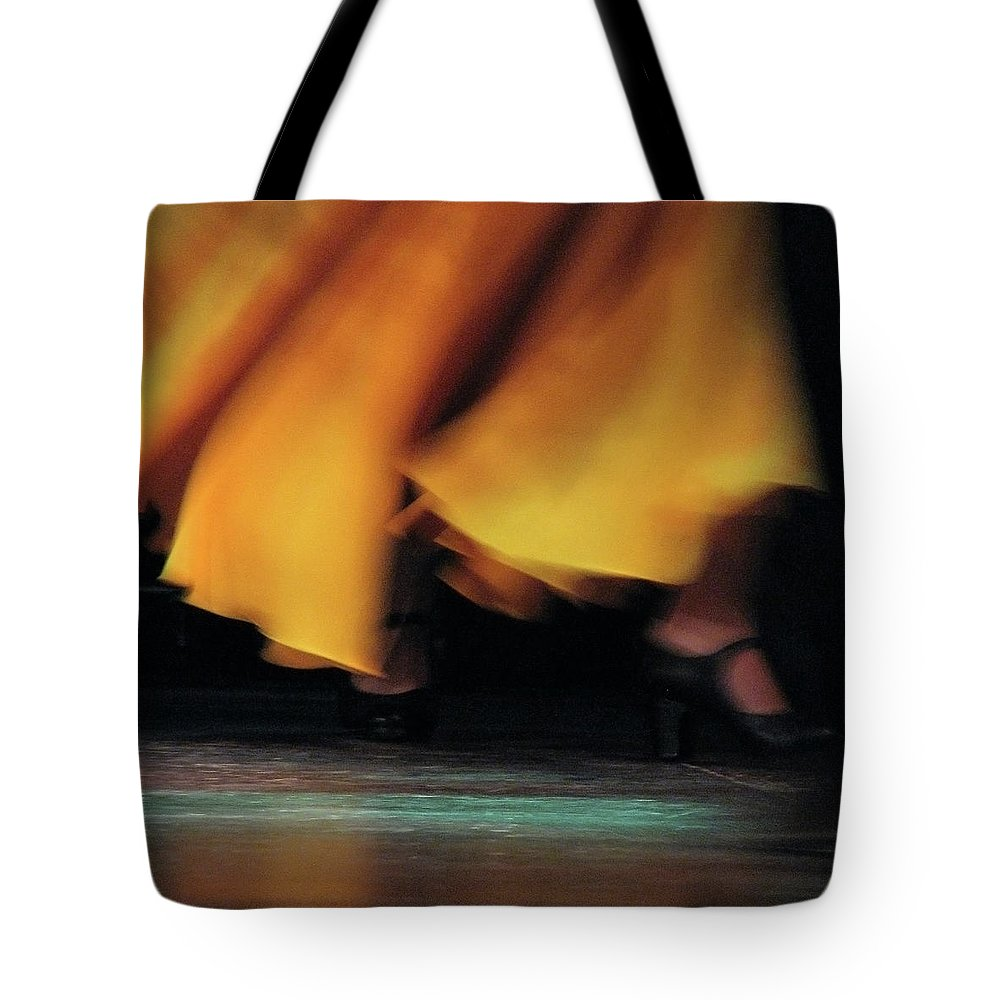 Event Tote Bag featuring the photograph Flemenco by By Eugene Lee