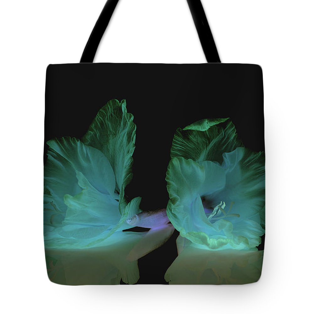 Flower Tote Bag featuring the photograph Flowers in my dreams by Paulina Roybal