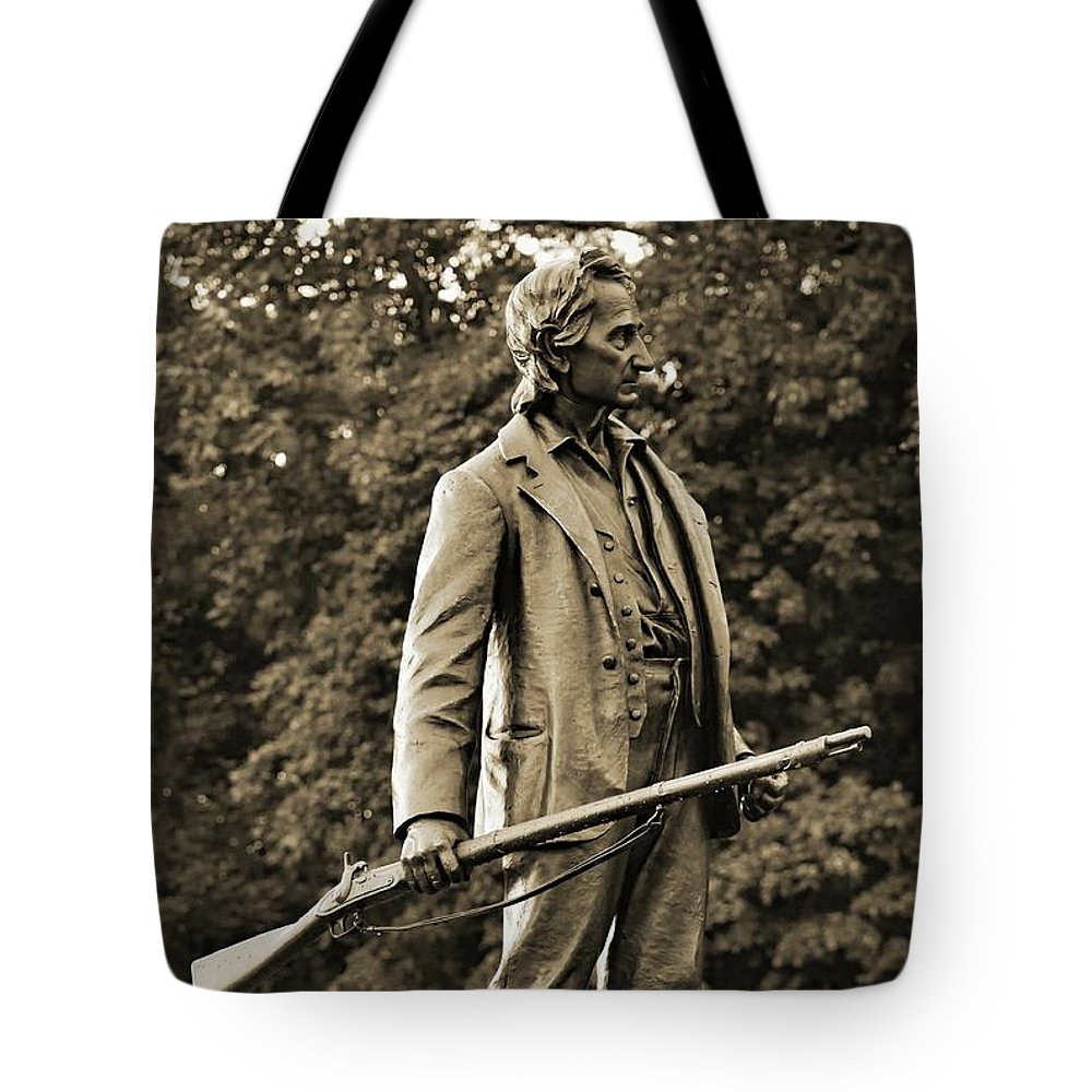 Gettysburg Battlefield Tote Bag featuring the photograph Gettysburg Battlefield - John Burns by Cindy Treger