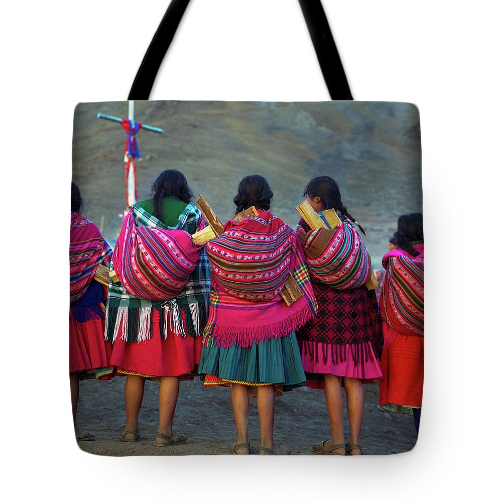 People Tote Bag featuring the photograph Group Of Peruvian Woman In Colorful by Linka A Odom