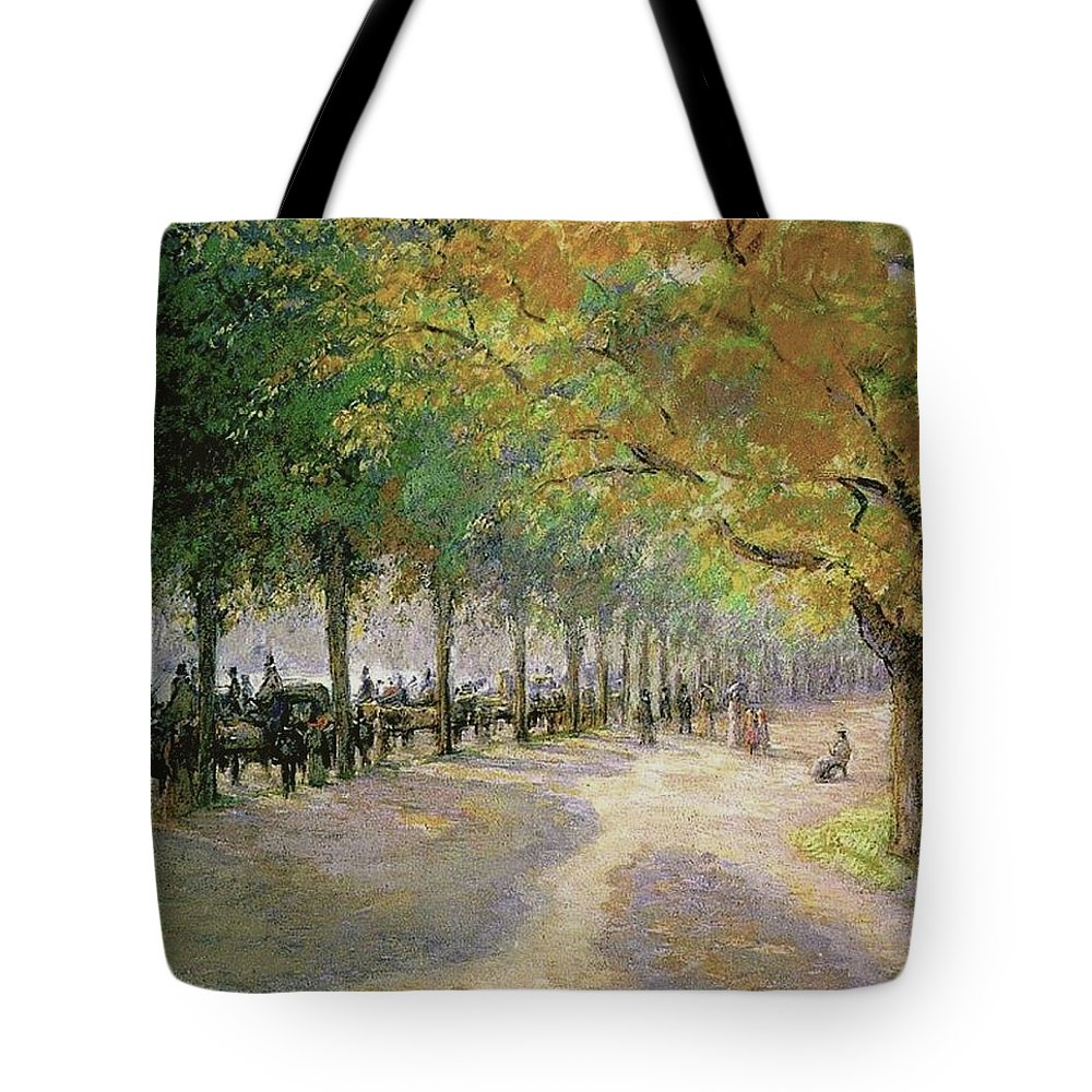 Camille Pissarro Tote Bag featuring the painting Hyde Park, London, 1890 by Camille Pissarro