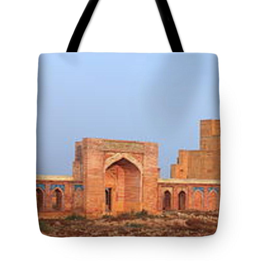 Tranquility Tote Bag featuring the photograph Isa Khan Tombs Of Makli by Nadeem Khawar