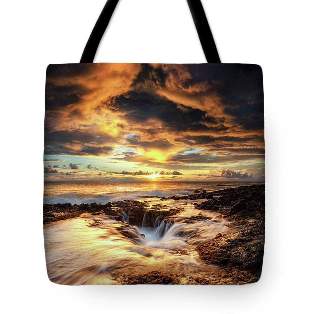 Kona Tote Bag featuring the photograph Kona Sunset by Christopher Johnson