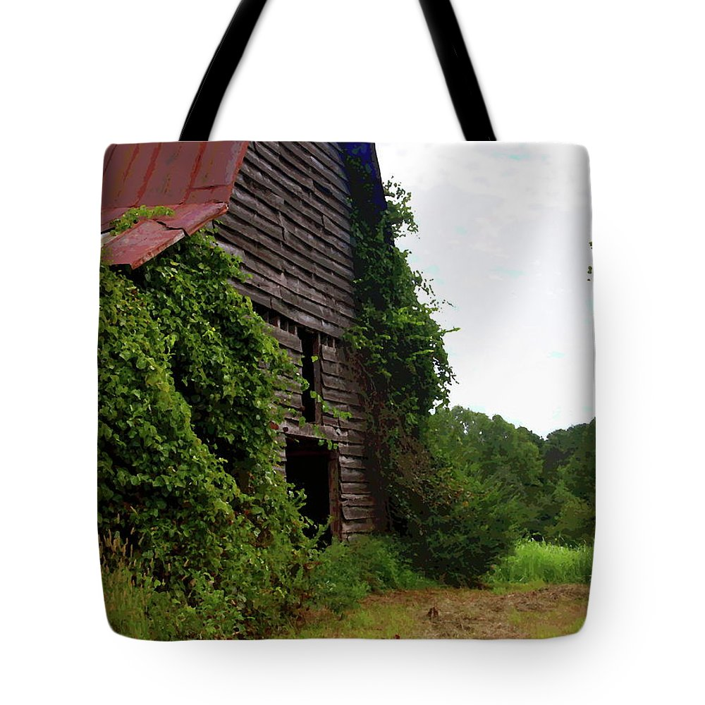 Old Barn Tote Bag featuring the photograph Kudzu Barn 3 by Cathy Lindsey