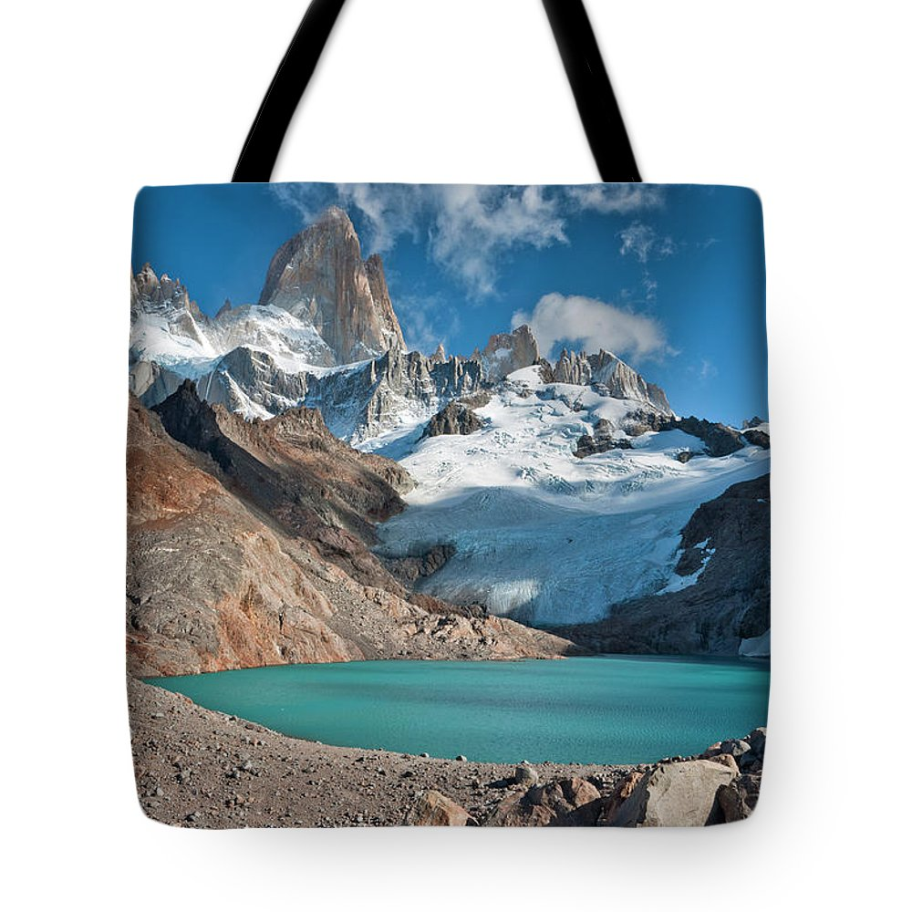 Scenics Tote Bag featuring the photograph Laguna De Los Tres, El Chalten by Avinash Achar