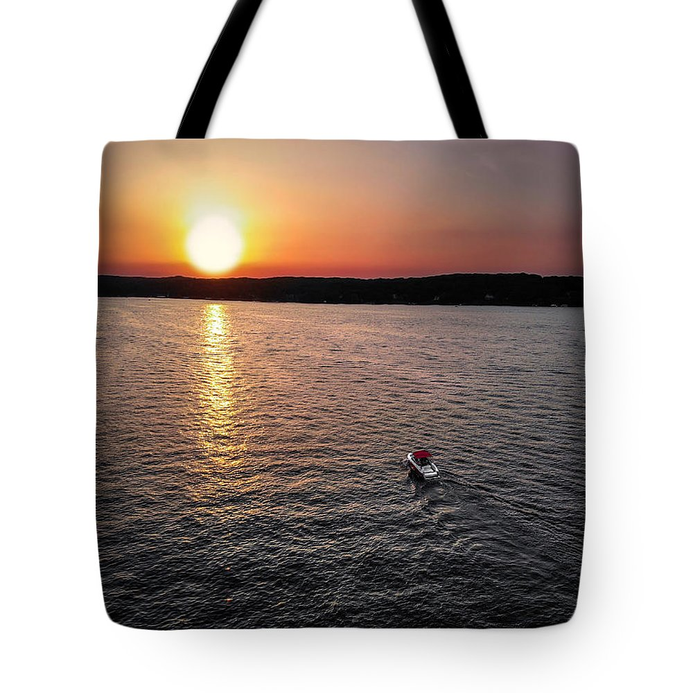 Lake Geneva Tote Bag featuring the photograph Lake Geneva Sunset by Bobby King