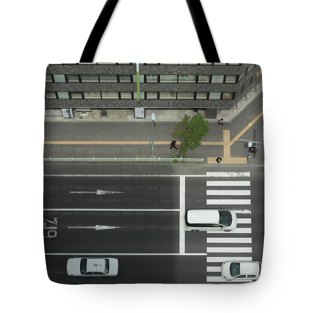 Hokkaido Tote Bag featuring the photograph Land Vehicles Crossing Pedestrian by Iyoupapa