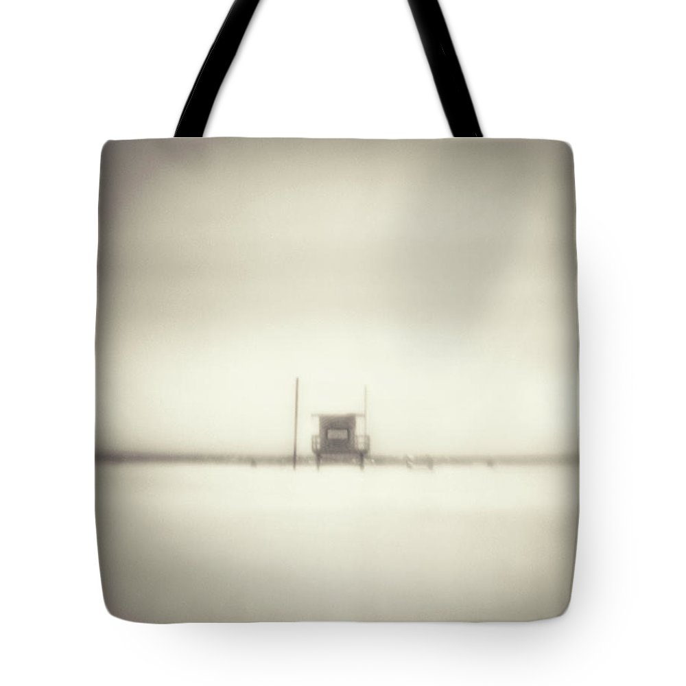 California Tote Bag featuring the photograph Lifeguard Hut On Santa Monica Beach by Alan Horsager