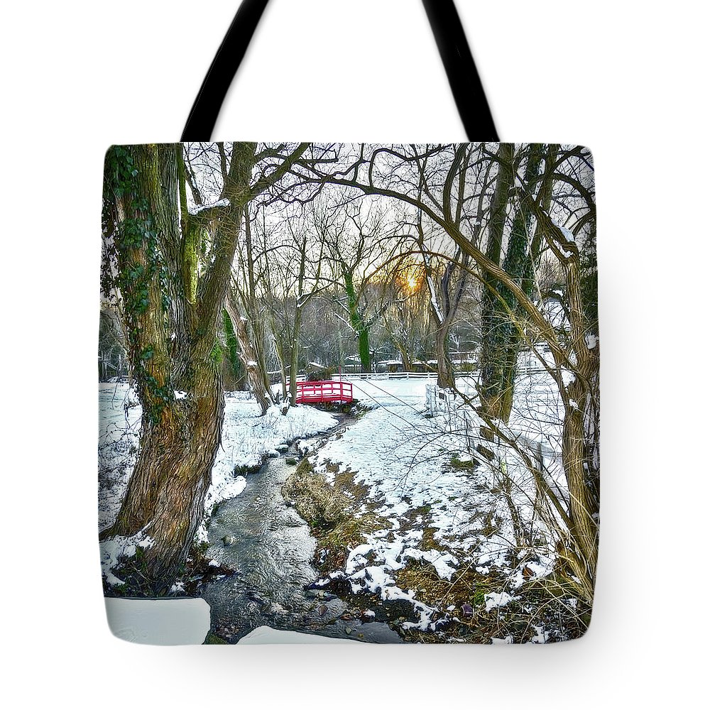 2d Tote Bag featuring the photograph Little Red Walk Bridge by Brian Wallace