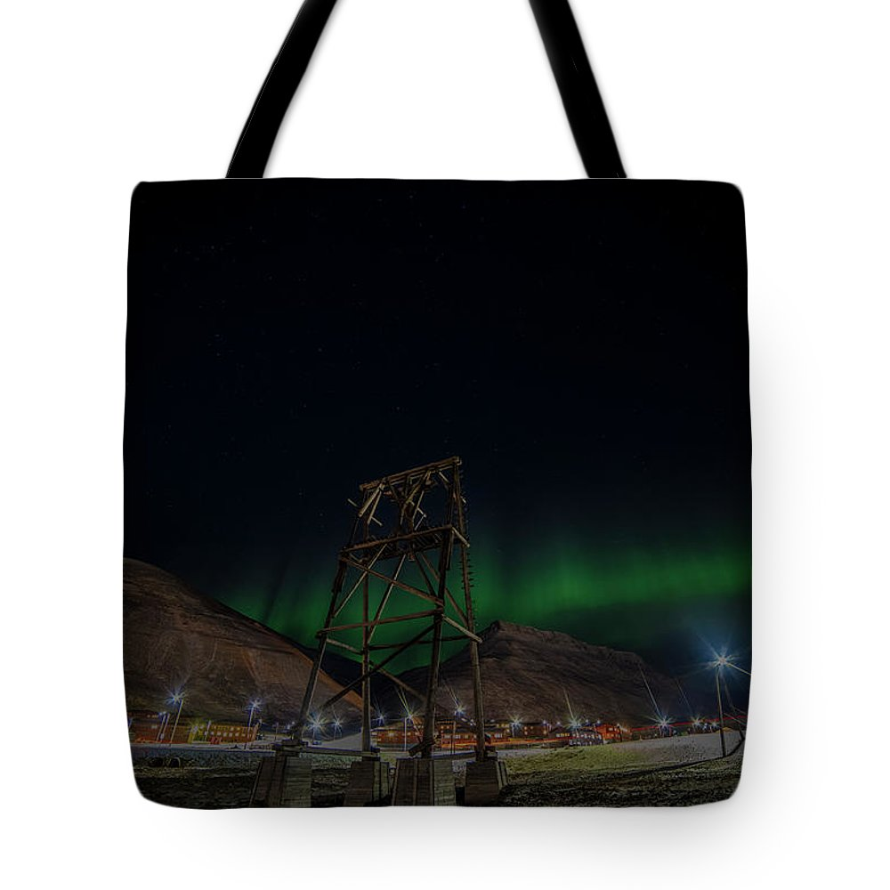 Longyearbyen Tote Bag featuring the photograph Longyearbyen Under Northern Lights by Kai Mueller