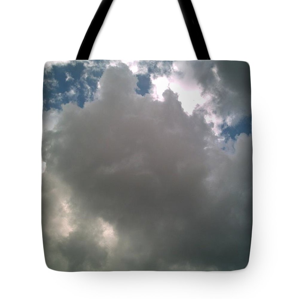Cloud Tote Bag featuring the photograph Majestic by Jeff Thomann