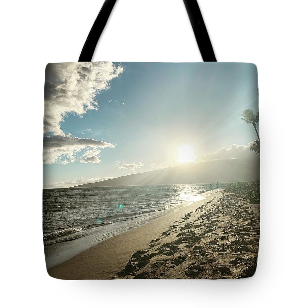 Hawaii Tote Bag featuring the photograph Maui by Kristin Rogers