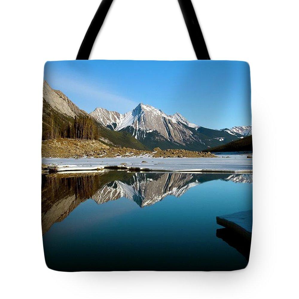 Scenics Tote Bag featuring the photograph Medicine Lake, Jasper National Park by Design Pics/richard Wear