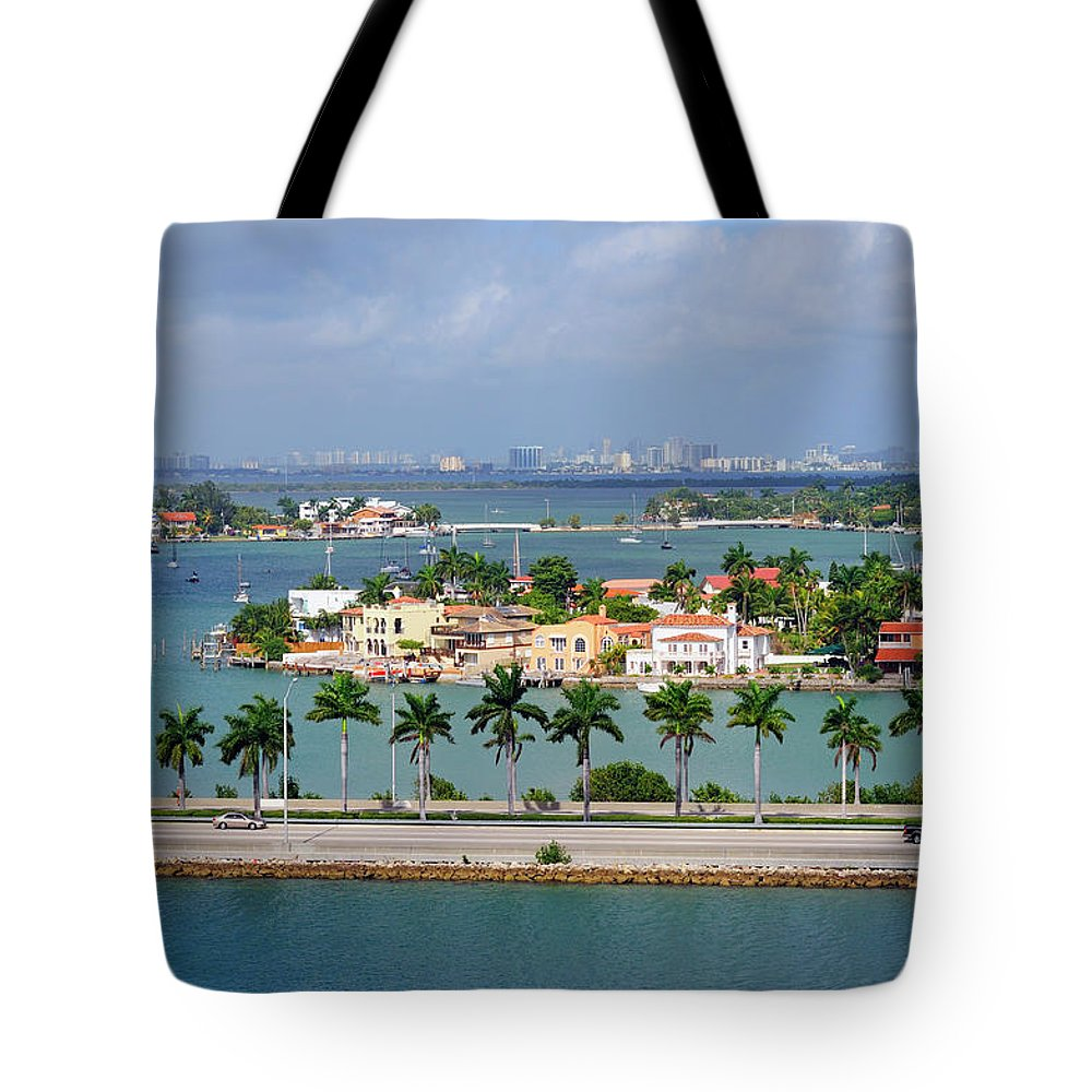 Trading Tote Bag featuring the photograph Miami Mac Arthur Causeway En Route To by Jfmdesign
