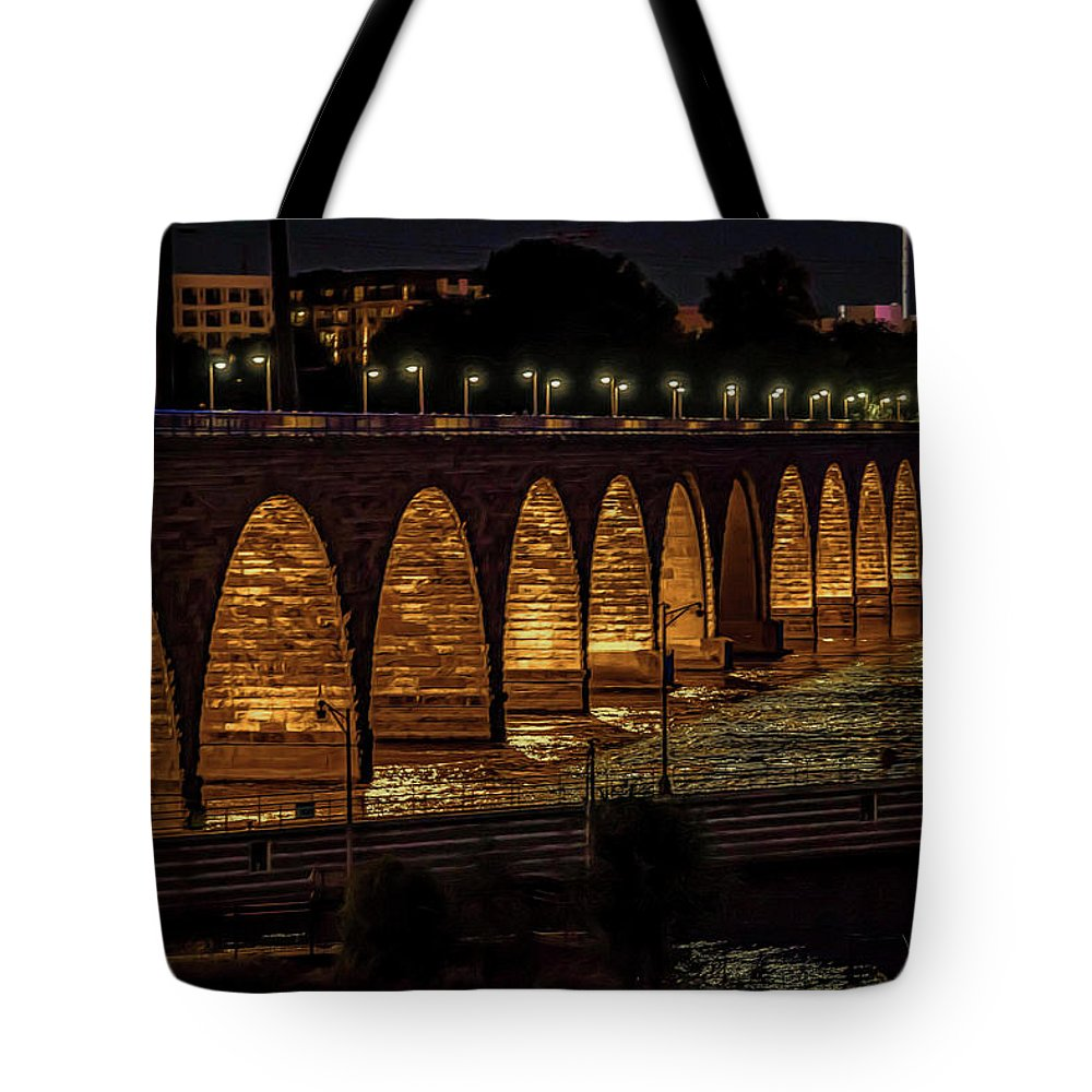 Minnesota Tote Bag featuring the photograph Minneapolis 18 by Will Wagner
