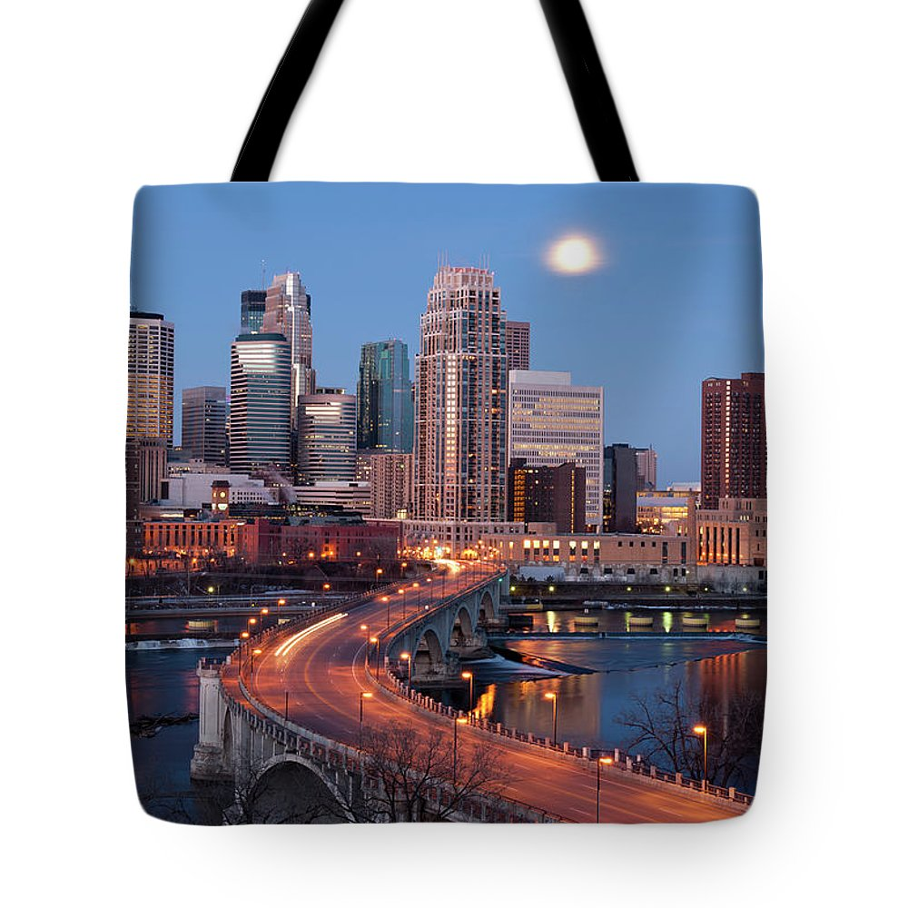 Downtown District Tote Bag featuring the photograph Minneapolis, Minnesota Skyline by Jenniferphotographyimaging