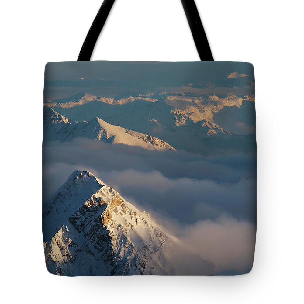 Scenics Tote Bag featuring the photograph Mt. Zugspitze 6 - Bavaria Germany by Wingmar