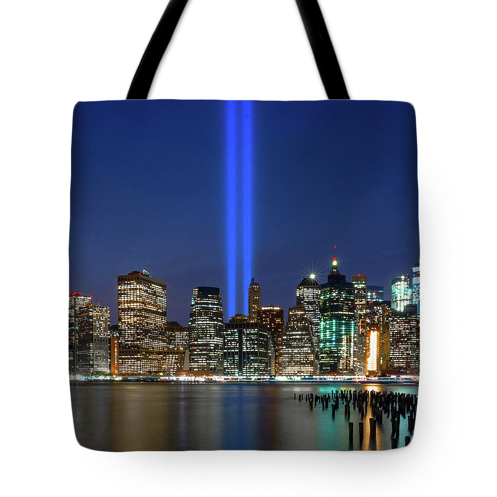 Wall Art Tote Bag featuring the photograph New York City 9/11 Commemoration by Angeles Gutierrez