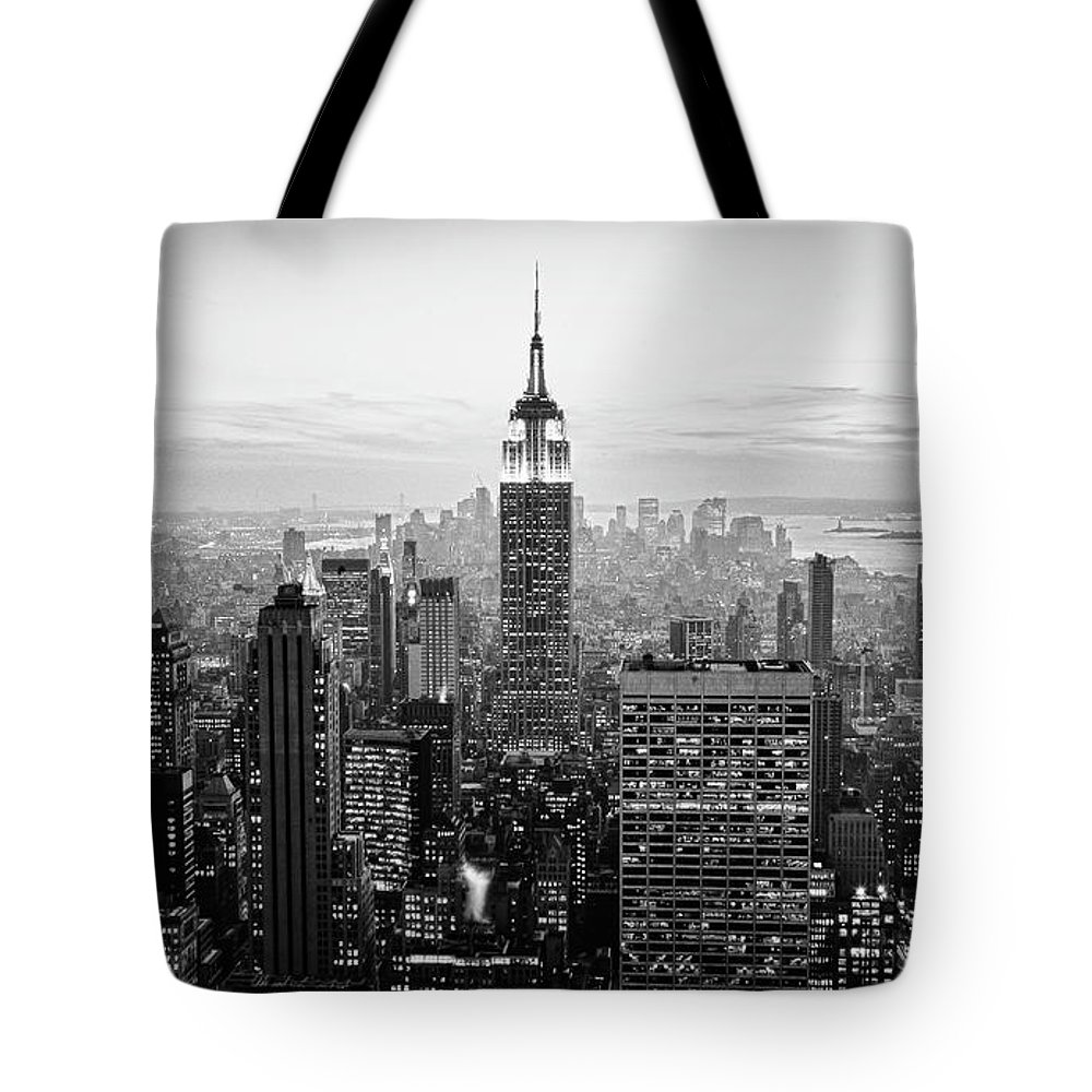 Outdoors Tote Bag featuring the photograph New York City by Randy Le'moine
