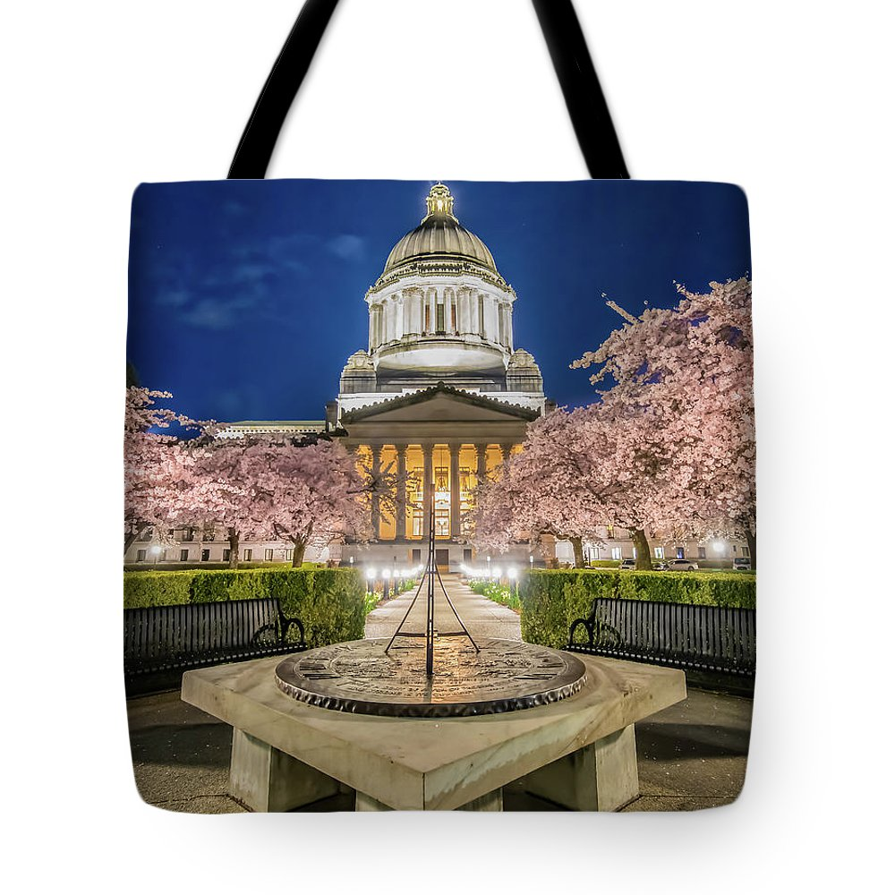 Olympia Tote Bag featuring the photograph Night At The Capitol by Judi Kubes
