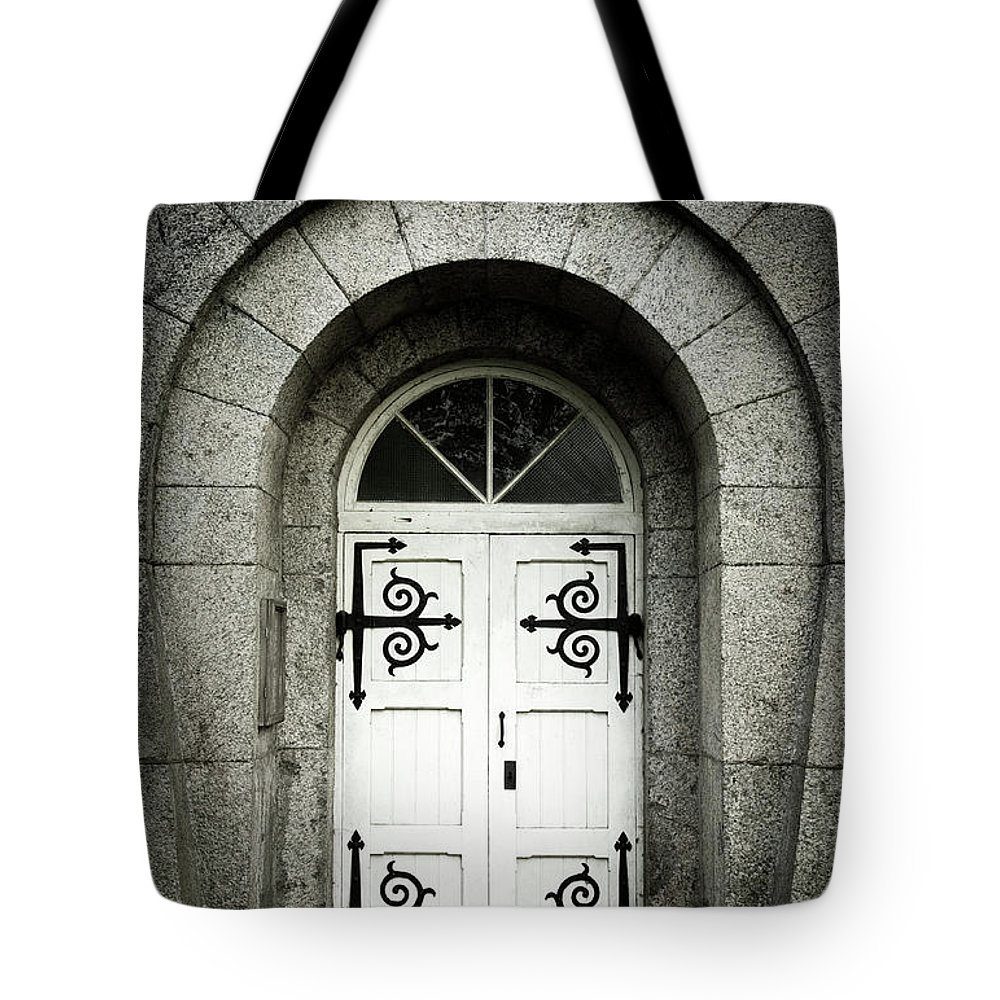 Arch Tote Bag featuring the photograph Old Entrance by Lordrunar