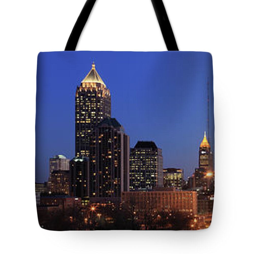 Atlanta Tote Bag featuring the photograph Panorama Of Atlanta, Georgia by Jumper