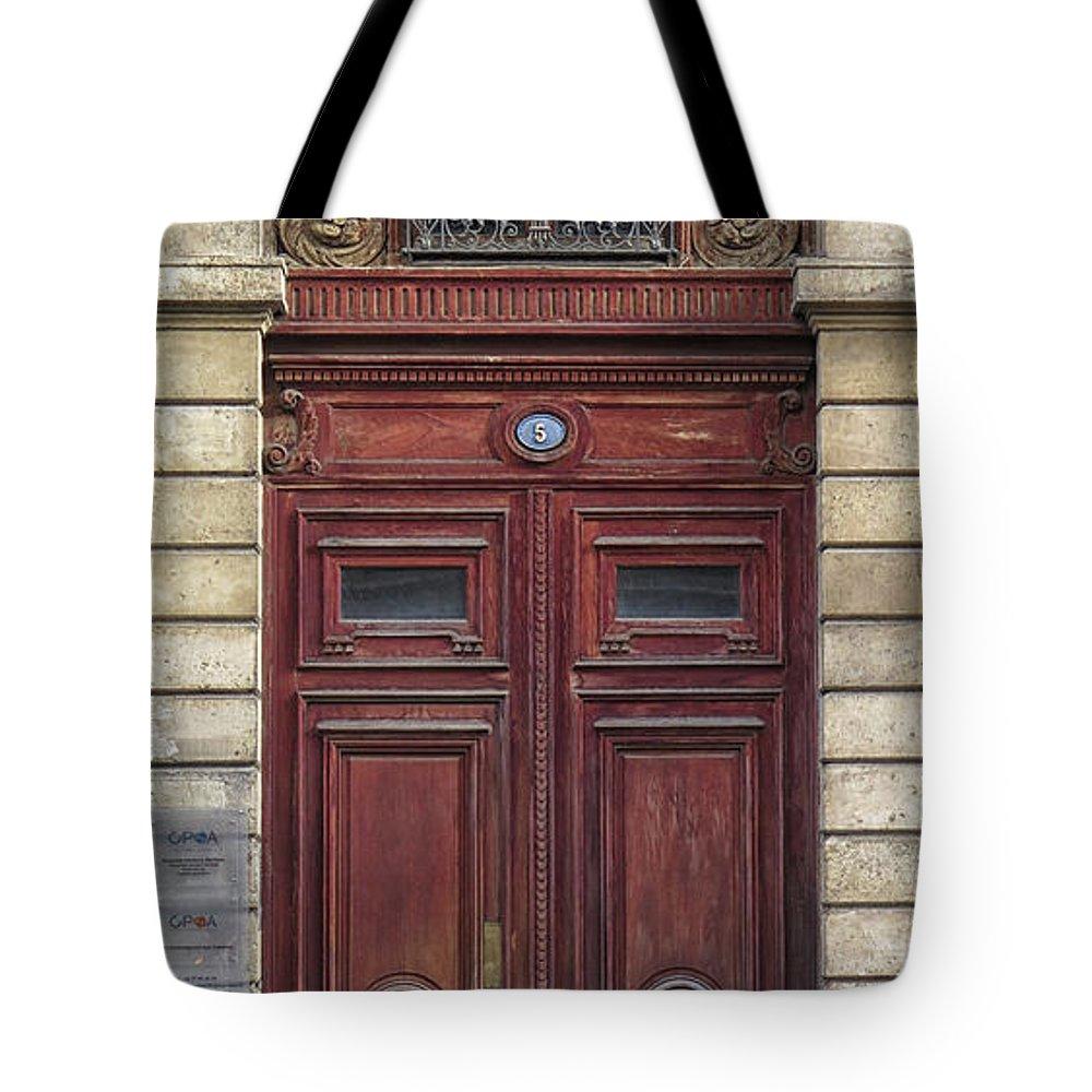 Door Tote Bag featuring the photograph Paris Door by Dave Mills