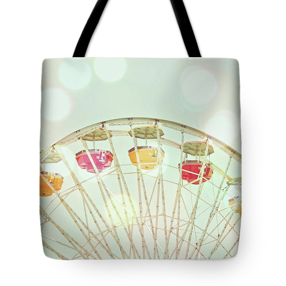 Hanging Tote Bag featuring the photograph Pastel Ferris Wheel by Joyhey