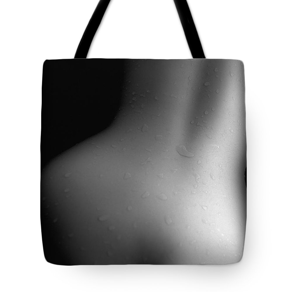 People Tote Bag featuring the photograph Photography Of A Naked Womans Wet Back by Daj