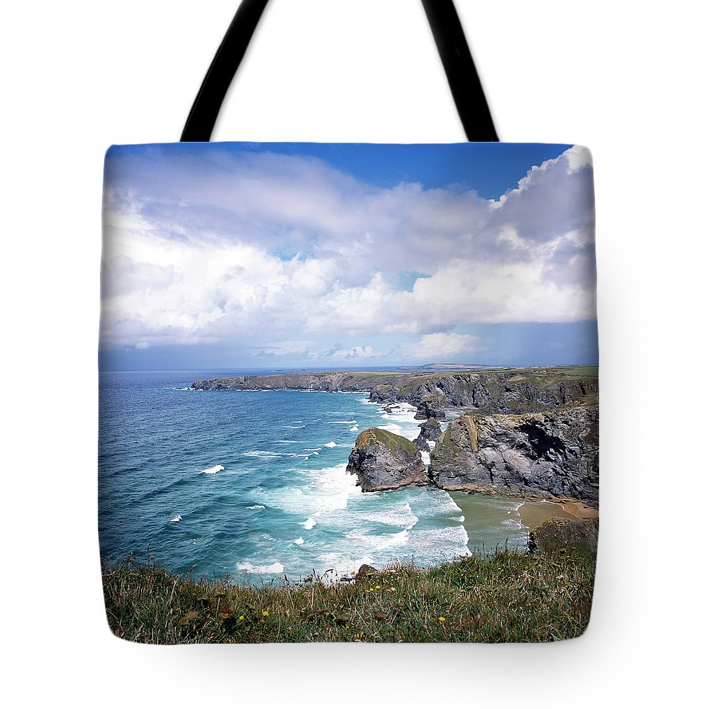 Water's Edge Tote Bag featuring the photograph Picturesque Cornwall - Bedruthan by Chrisat