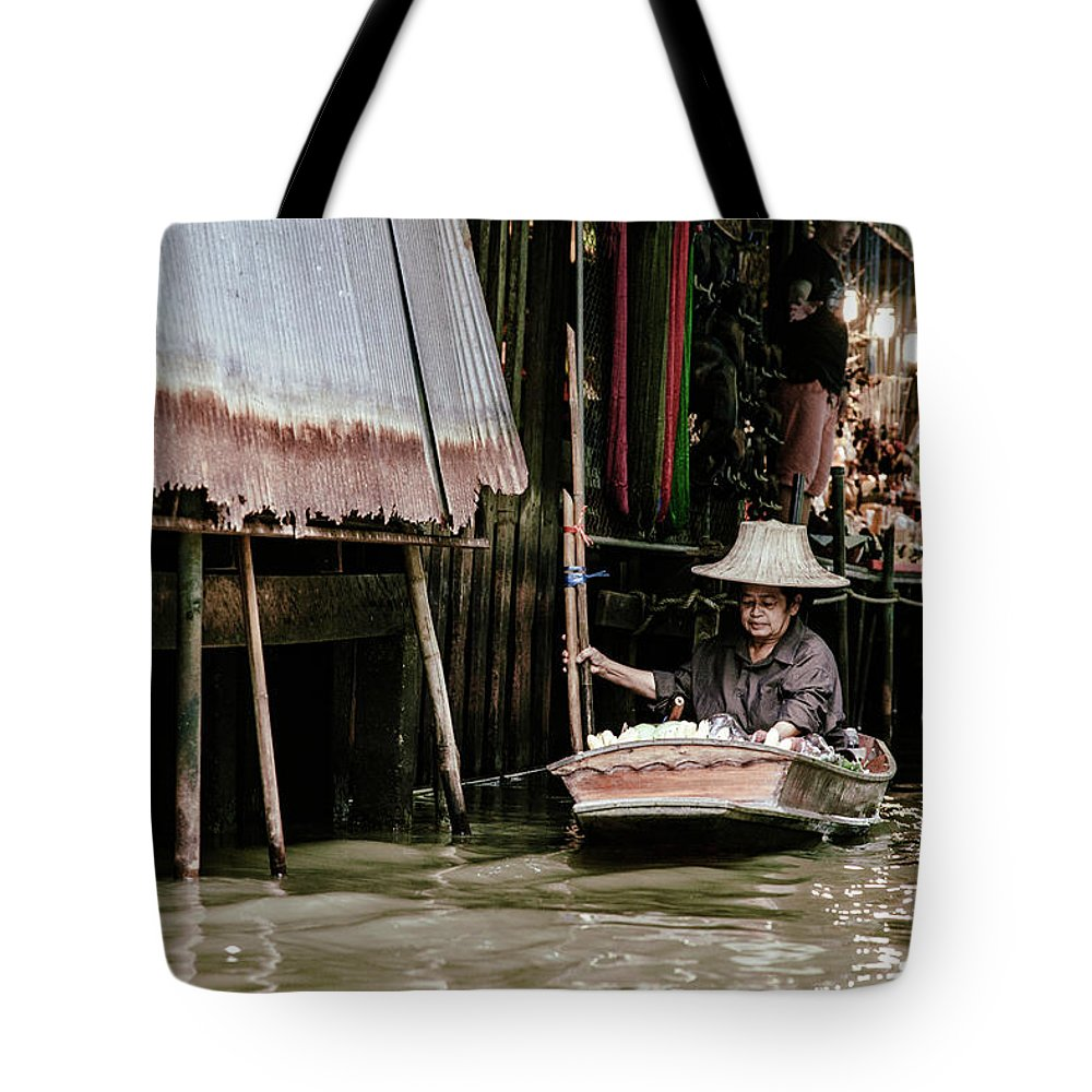 Travel Tote Bag featuring the photograph Resilience by Felipe Queriquelli