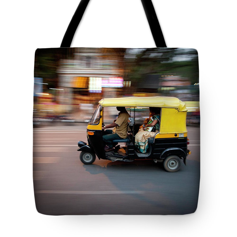People Tote Bag featuring the photograph Rickshaw by Javi Julio Photography