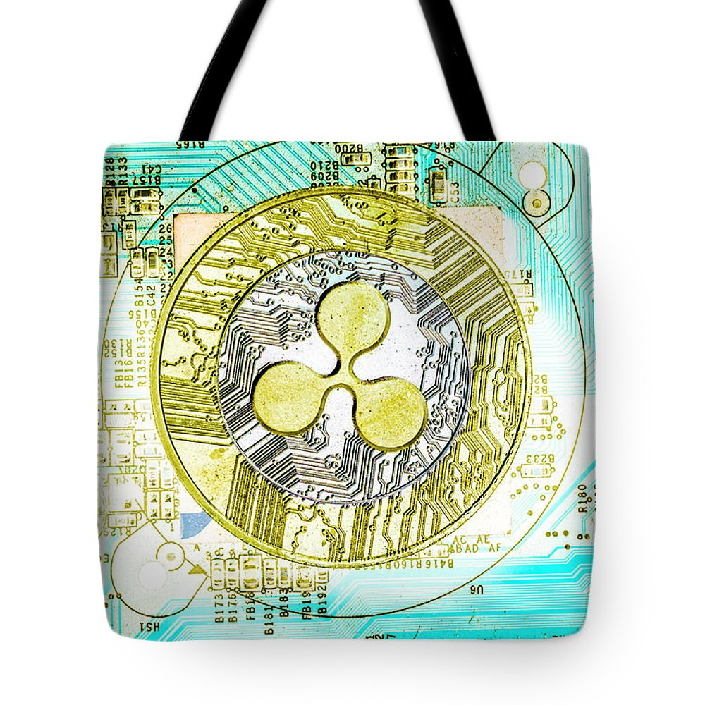 Ripple Tote Bag featuring the photograph Ripple Effect by Jorgo Photography - Wall Art Gallery