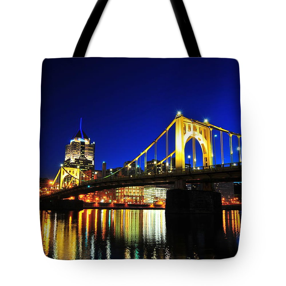 Tranquility Tote Bag featuring the photograph Roberto Clemente Bridge by Photo By Yohsuke Ikebuchi