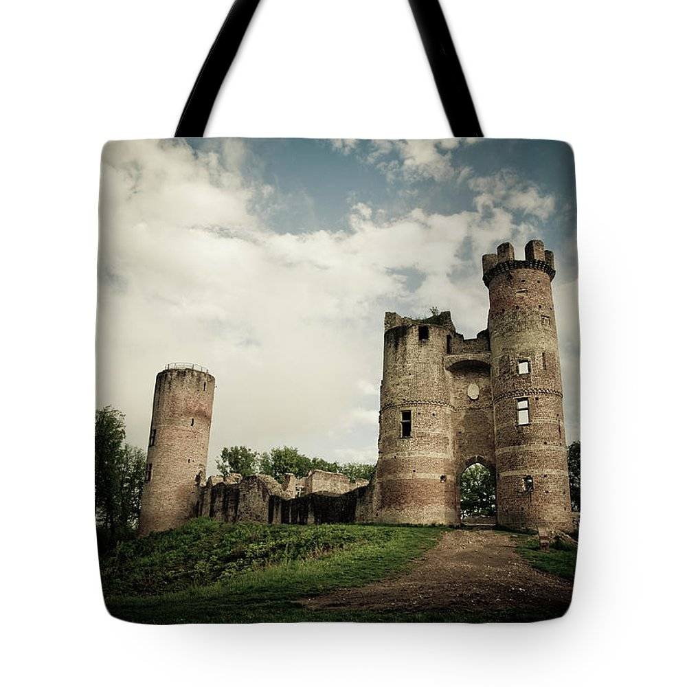 Horror Tote Bag featuring the photograph Ruined Castle by Mmac72