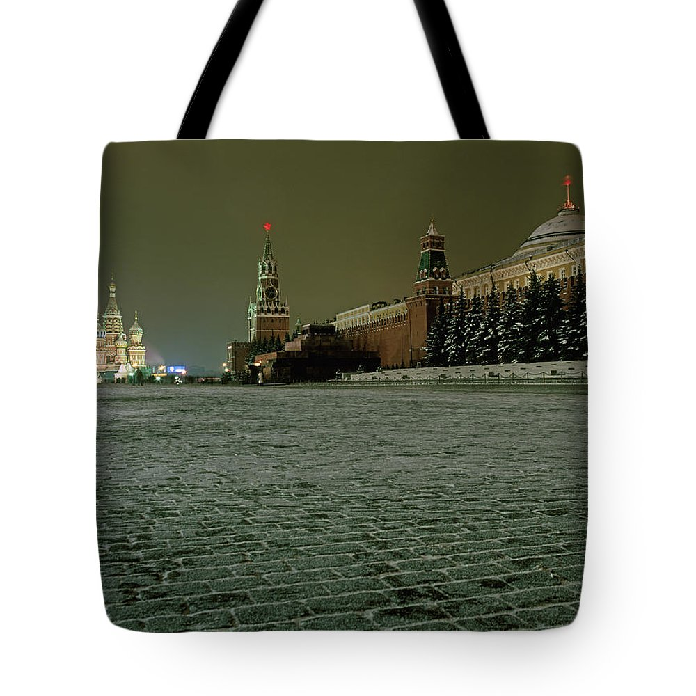 Outdoors Tote Bag featuring the photograph Russia, Moscow, Red Square And Kremlin by Hans Neleman