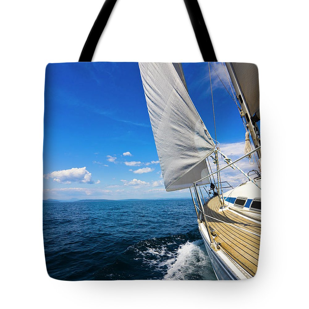 Scenics Tote Bag featuring the photograph Sailing by Gaspr13