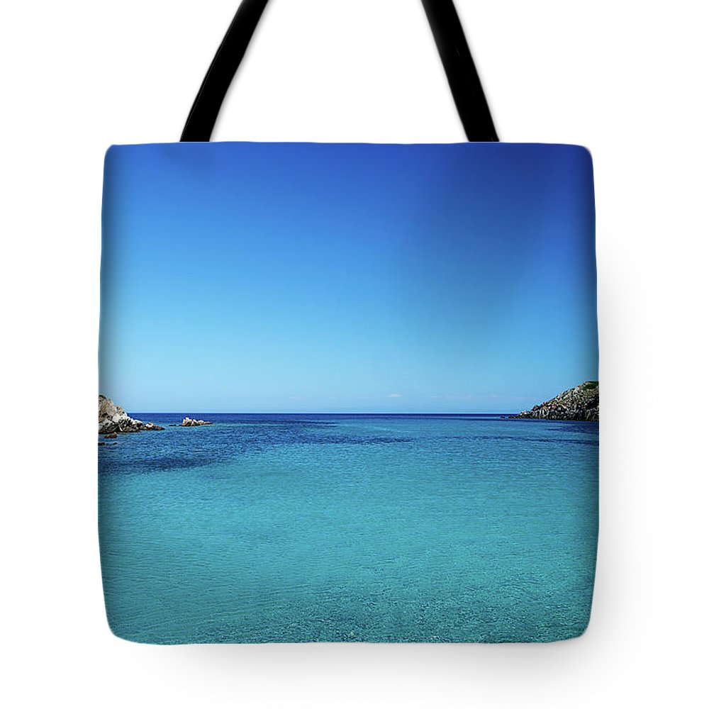 Scenics Tote Bag featuring the photograph Sea by Cactusoup