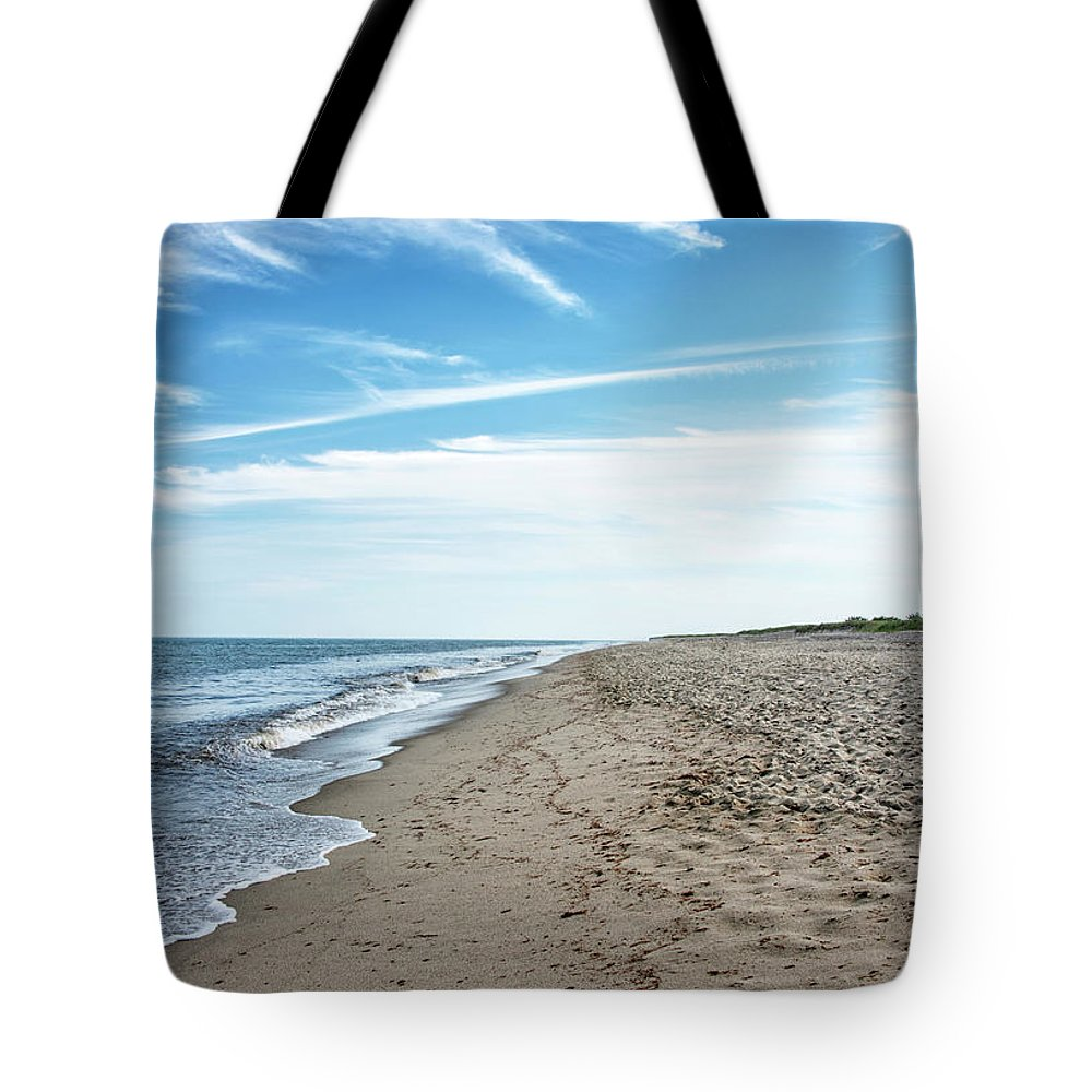 Siasconset Beach Tote Bag featuring the photograph Siasconset Beach - Nantucket Massachusetts by Brendan Reals