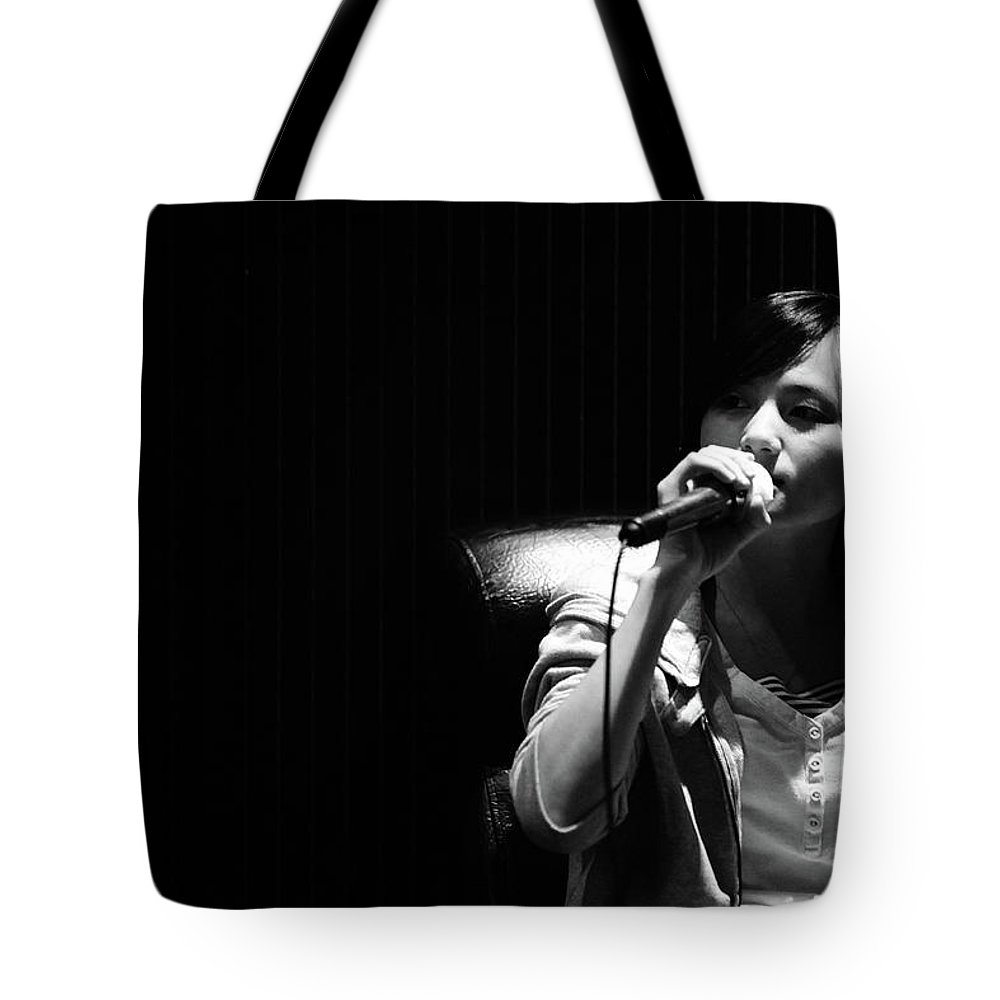 People Tote Bag featuring the photograph Singing Woman by Dennis Guo